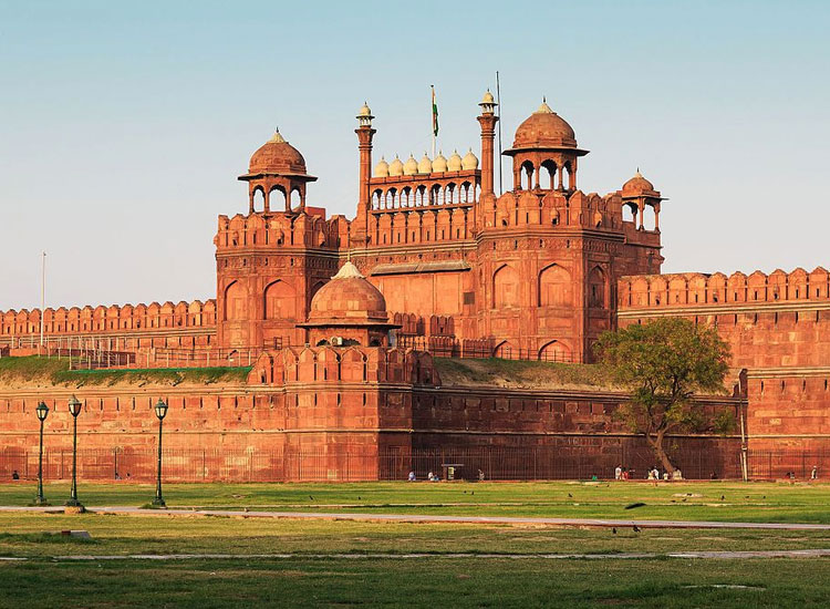 Amazing Tourism within Delhi Agra as well as Jaipur